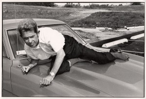 http://jimwallace.fr/files/gimgs/th-7_man on car-73.jpg